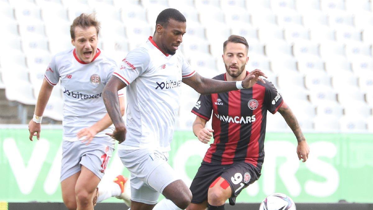 Karagümrük-Antalyaspor maçında gol sesi çıkmadı