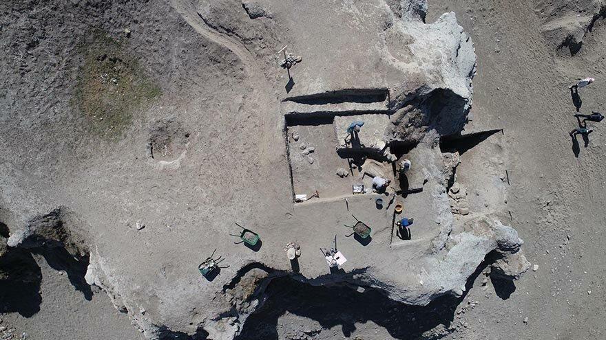 Pulur Höyük'te neolitik dönemin izleri aranıyor