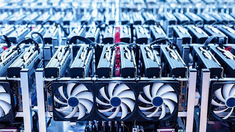 İstanbul'da kripto para üretim makinesi operasyonu