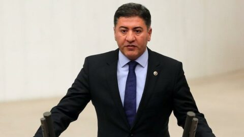 CHP'li Emir: 400 bin doz Sputnik aşısı çöpe gidecek