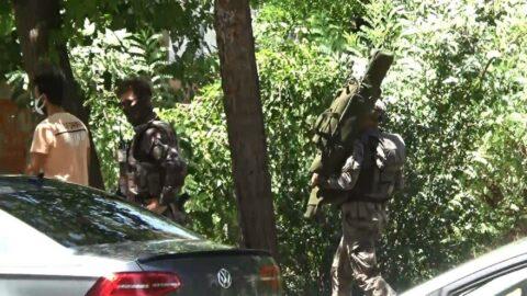 Polis katili terörist kayalıklardan düştü