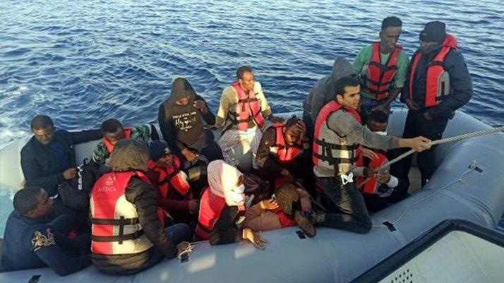 Bodrum açıklarında 16 düzensiz göçmen kurtarıldı