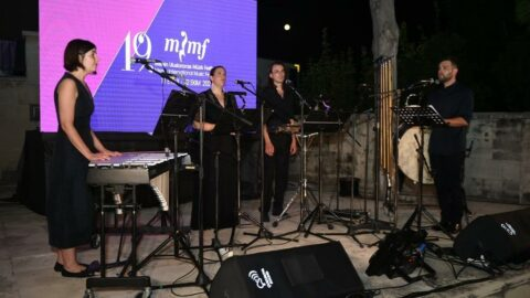 Damask Vocal Quartet, Kibritçi Kızın Tutkusu'nu Tarsus'ta seslendirdi