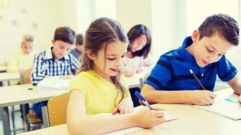 Bakan Özer okulların durumu hakkında konuştu