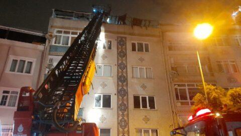 Eyüpsultan'da 5 katlı binanın çatısı alev alev yandı