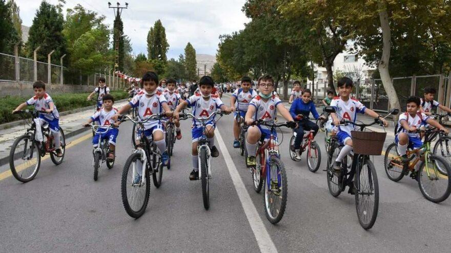 Pedallar 'Avrupa Hareketlilik Haftası' için çevrildi