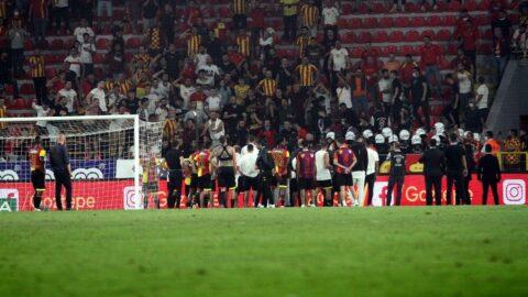 Göztepe taraftarlarından futbolculara sert tepki!