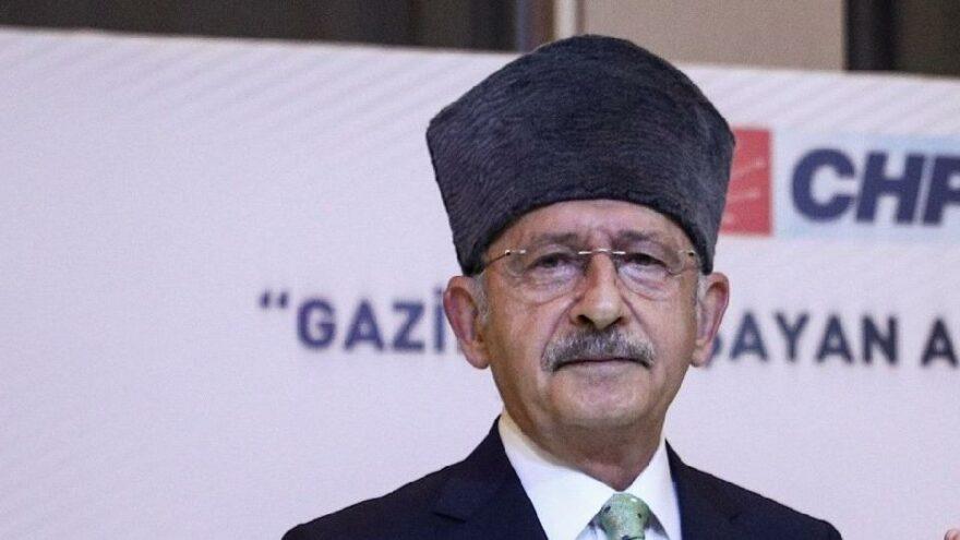 Kılıçdaroğlu'ndan kalpaklı fotoğraf
