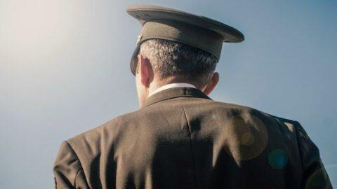 Kadrosuzluktan emekli albaylar da 'yaş'a takıldı