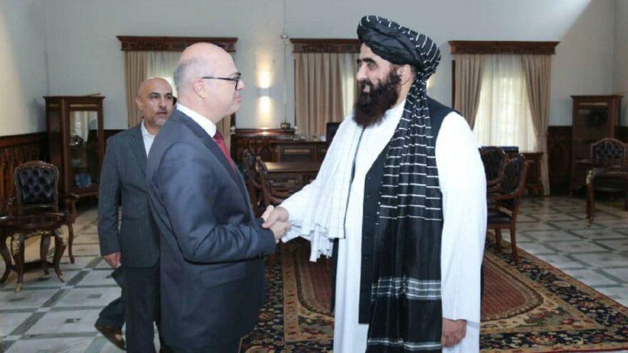 Taliban ile ilk temas: Türk Büyükelçi ile masaya oturdu