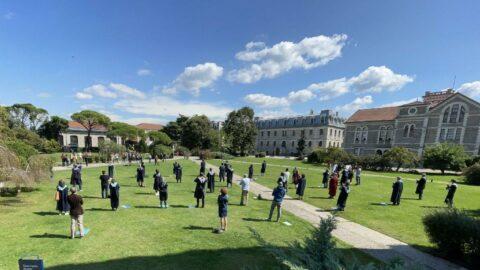 Boğaziçi Üniversitesi'nde öğrencilerden 'yüz yüze eğitim' talebi