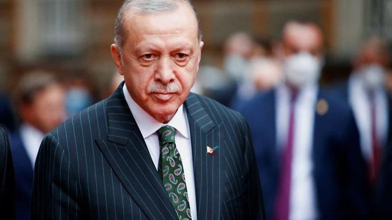 Erdoğan'ı şiirle eleştirdi, 50 bin TL tazminat ödeyecek