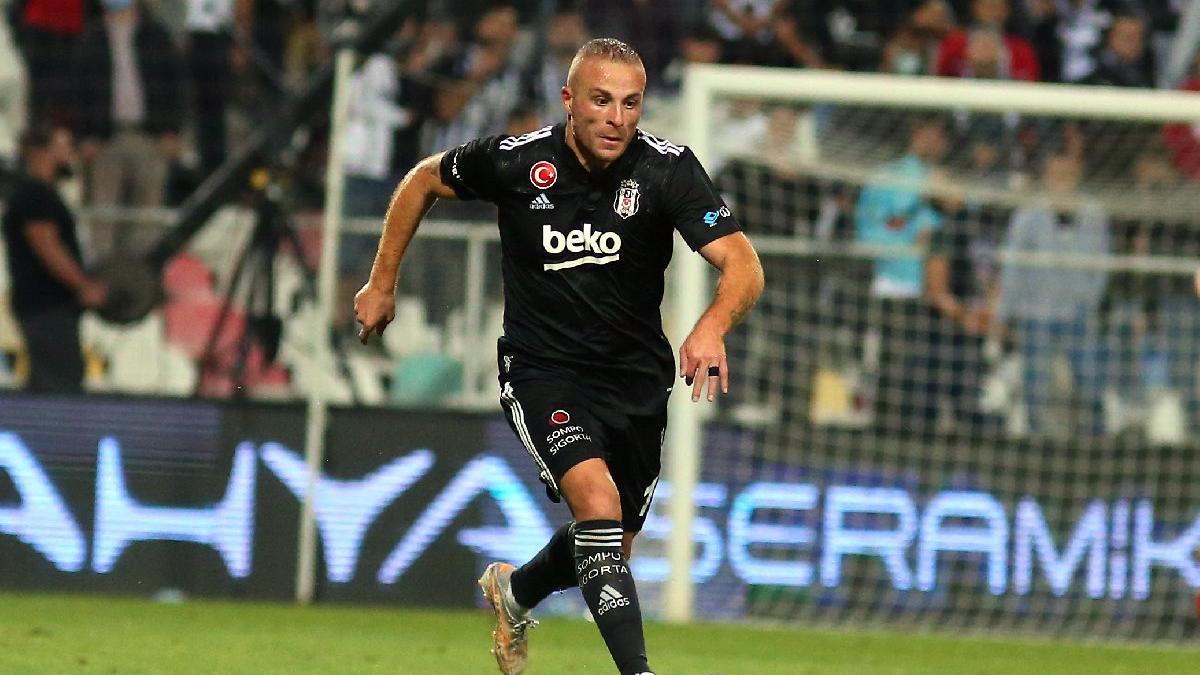 Beşiktaşlı Gökhan Töre'nin performansı saç baş yoldurttu