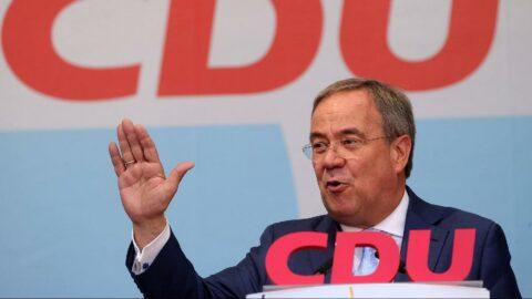 Almanya'da seçime doğru: Başbakan adayları son kozlarını paylaştı