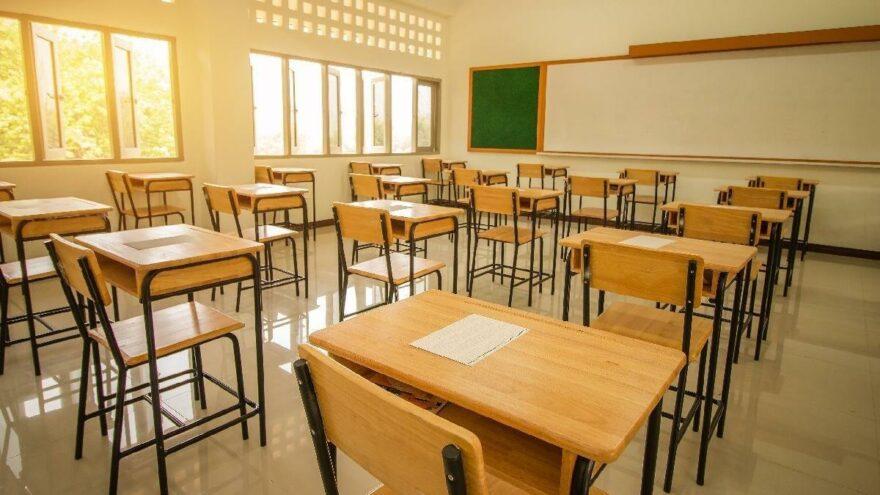 Din kültürü öğretmeni derste Alevi öğrencileri hedef almıştı… Görevden uzaklaştırıldı