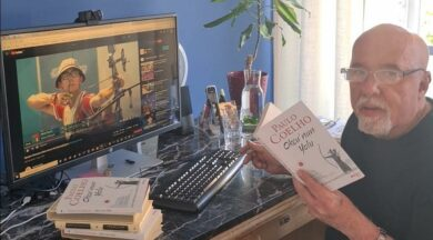 Brezilyalı ünlü yazar Coelho, yeni kitabını Mete Gazoz'a adadı