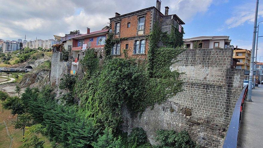 Trabzon'un 'kale kondu'ları tepki çekiyor