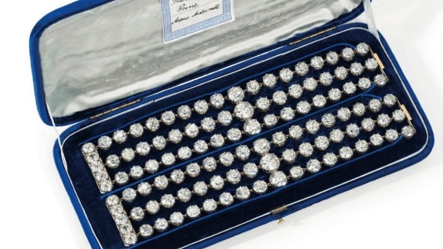 Marie Antoinette'in bilezikleri 4 milyon dolara satışa çıkacak