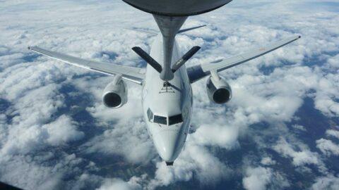 NATO tatbikatında Türk uçağına havada yakıt ikmali
