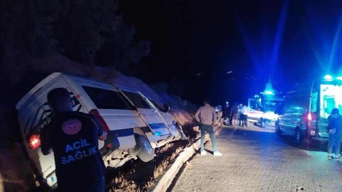 Üniversite öğrencileri kaza yaptı: 10 yaralı