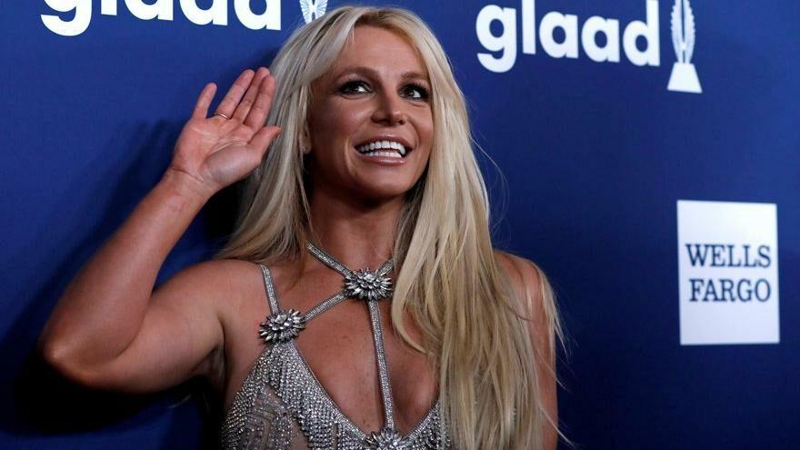 Babası Britney Spears'ın odasına gizli kamera yerleştirmiş