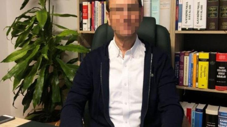 'Eski Danıştay hakimini dolandırarak kızlarına cinsel saldırı bulundu' iddiası mahkemeye taşındı