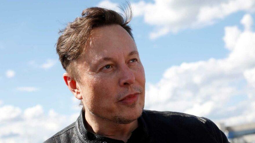 Elon Musk'tan veri güvenliği açıklaması: Çin'deki yasadan memnunuz