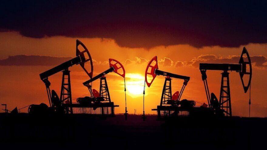 Goldman Sachs yıl sonu petrol fiyatı tahminini 90 dolara yükseltti