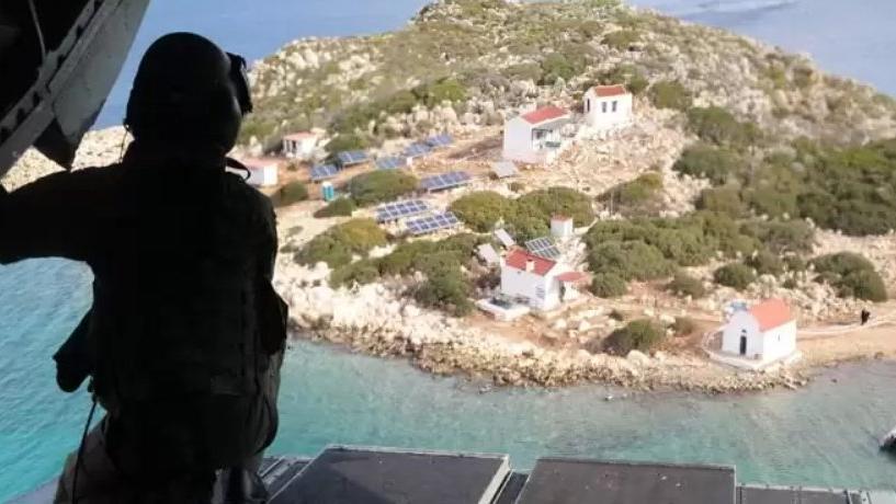 Kaş'tan yüzerek Yunanistan'a geçen iki Türk tutuklandı
