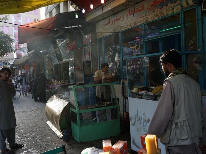 Afganistan'da ekonomi çökmek üzere