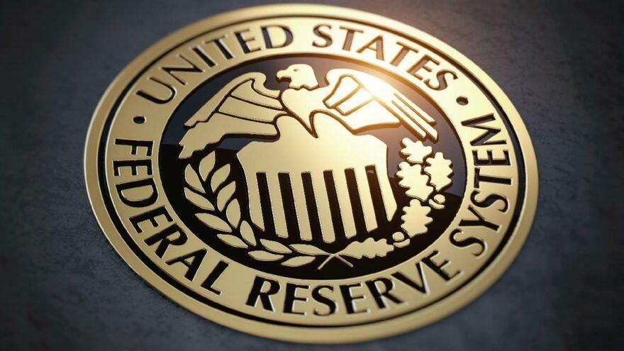 Tartışmalı finansal işlemler istifa getirdi: İki Fed yöneticisi görevi bıraktı