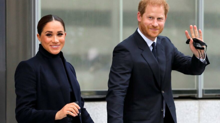Prens Harry ve Meghan Markle'a özel jet eleştirisi