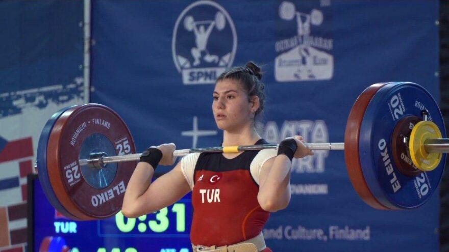 Milli halterci Dilara Uçan Avrupa ikincisi oldu