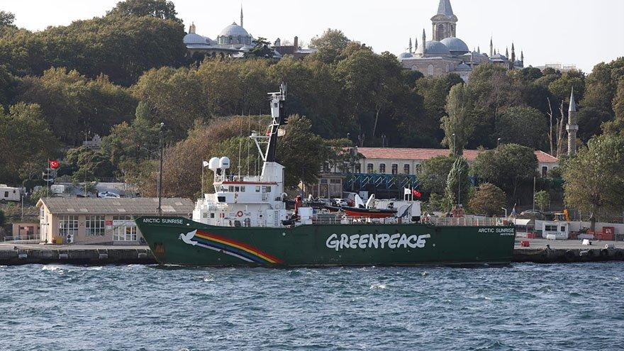 Greenpeace gemisi müsilaj için geldi
