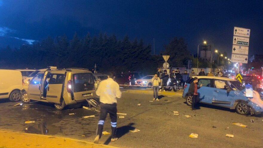 İstanbul'da zincirleme kaza! Ortalık savaş alanına döndü