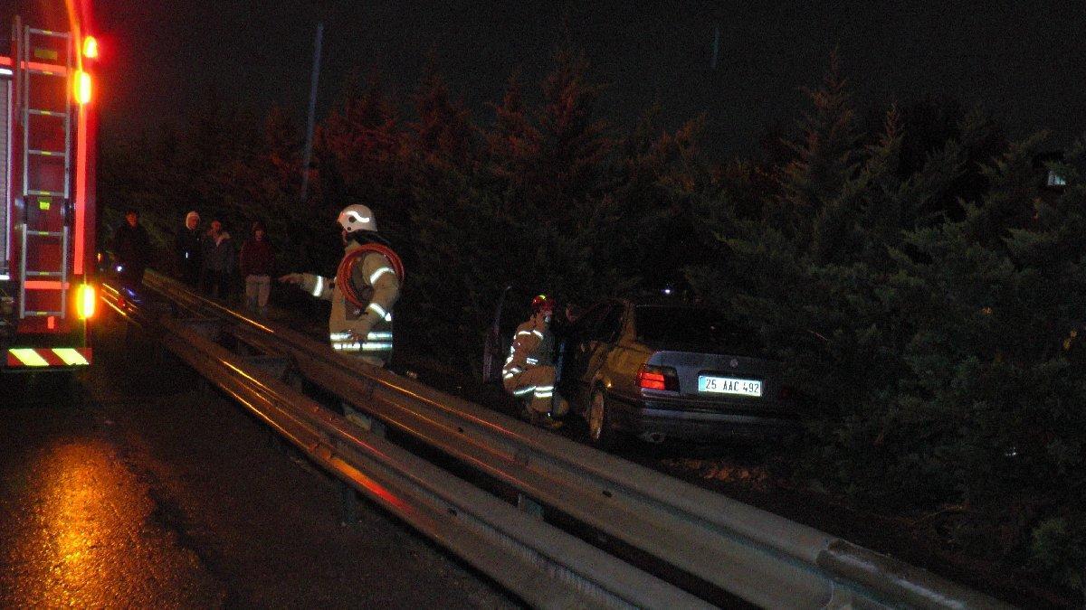 Sultanbeyli TEM'de sıkışmalı trafik kazası: 2 yaralı