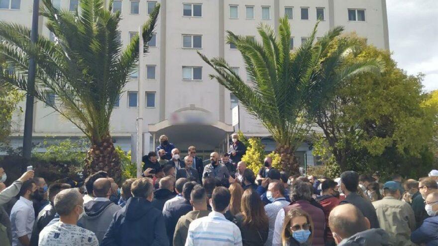 Onur Air çalışanları eylem yaptı