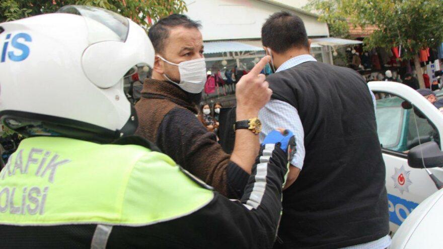Murat Özdemir, bu kez gazetecive polislere sataştı; yine gözaltında