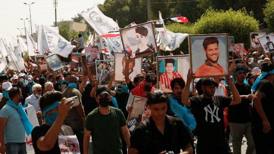 Irak'ta hükümet karşıtı gösterilerin yıldönümünde halk sokakta