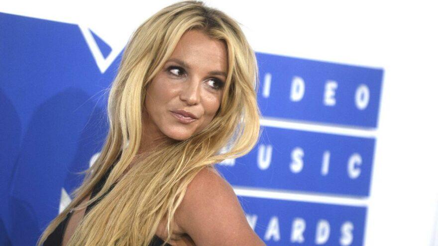 Özgürlüğü için gün sayan Britney Spears'tan çıplak paylaşım