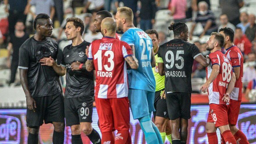 """Antalyaspor tepkili! """"Balotelli'nin yaptığı hareketler es geçiliyor"""""""