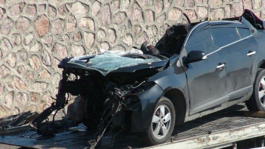 Otomobil ile TIR çarpıştı: 4 ölü, 2 yaralı