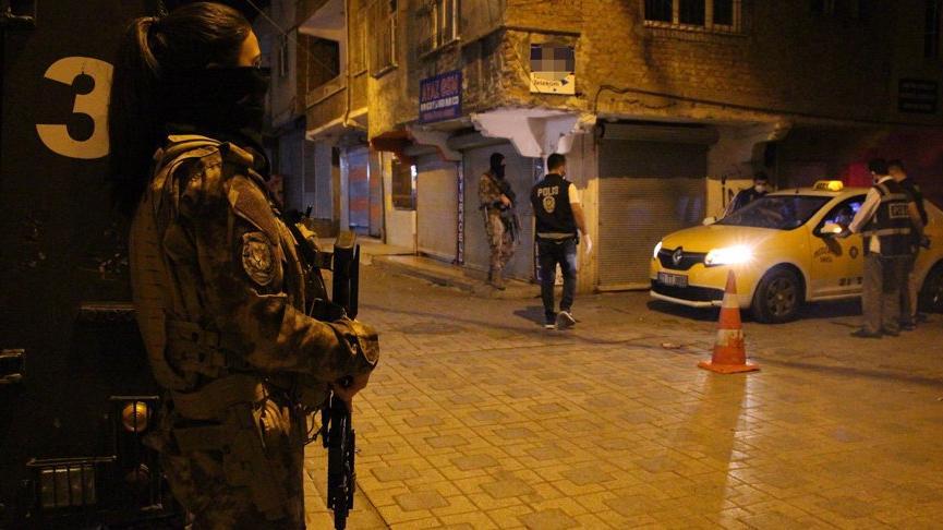 'Narko Alan Diyarbakır' projesi 1200 polisle gece de sürüyor