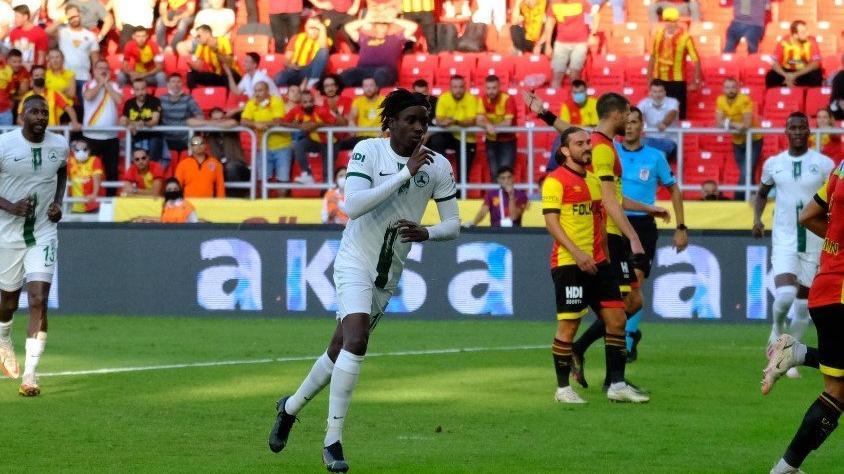 Giresunspor, Göztepe'yi yenerek ilk galibiyetini aldı