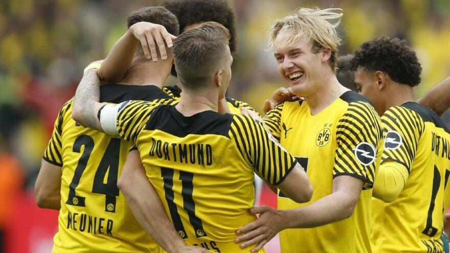 Dortmund zirve takibini sürdürdü