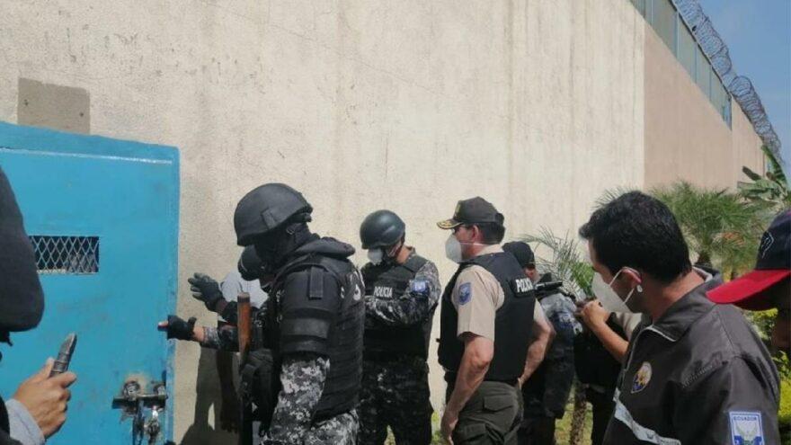Ekvador'da gerginlik! Mahkumlar polise ateş açtı