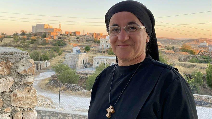 Midyatlı rahibe 36 yıl sonra köyüne döndü