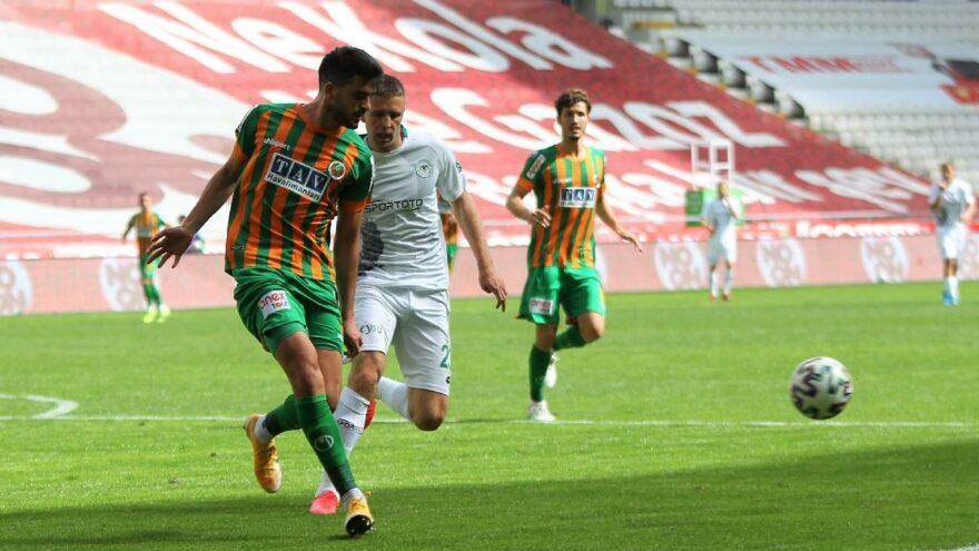 Konyaspor Alanyaspor maçı nefesleri kesti! 3 puan 90'da direkten döndü…