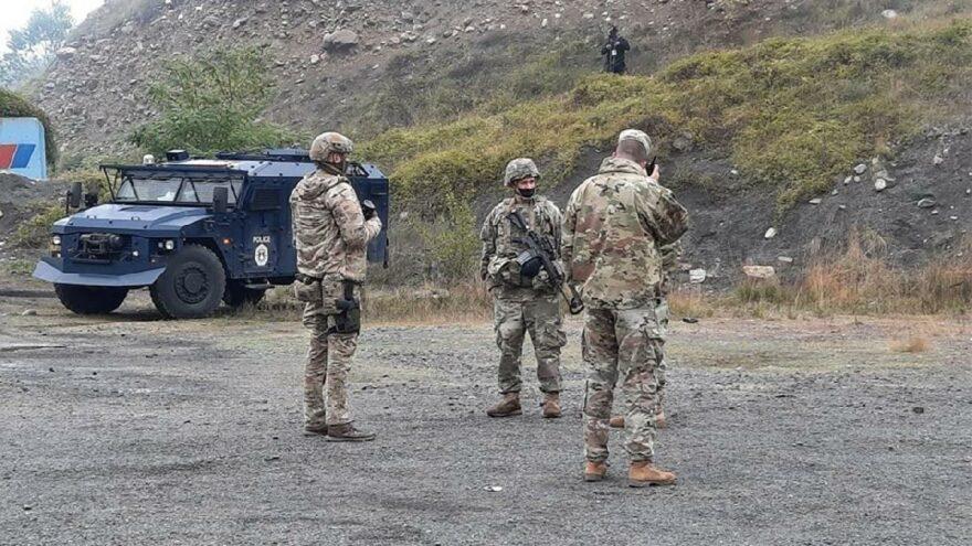 Araç plakası iki ülkeyi savaşın eşiğine getirdi! AB devreye girdi, NATO güçleri sınıra konuşlandı
