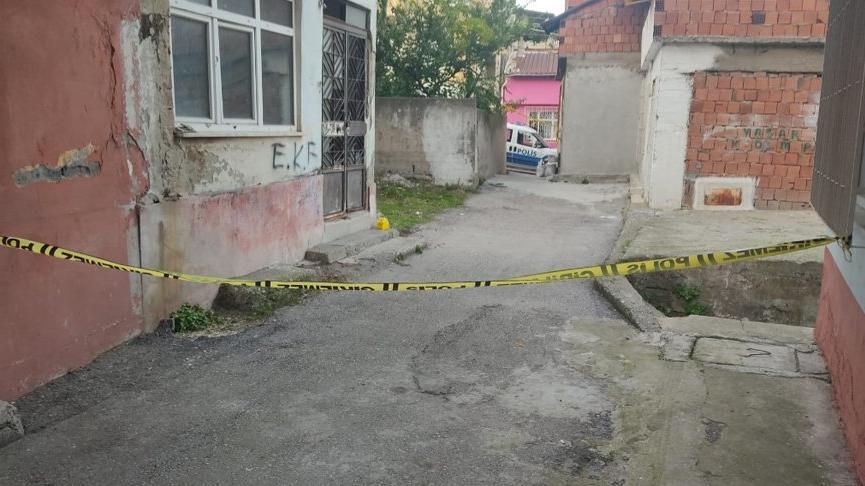 2 kardeşe sokak ortasında silahlı saldırı